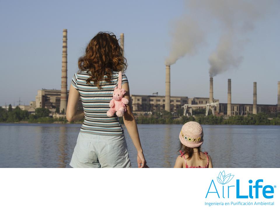 Las industrias emiten muchos contaminantes al ambiente