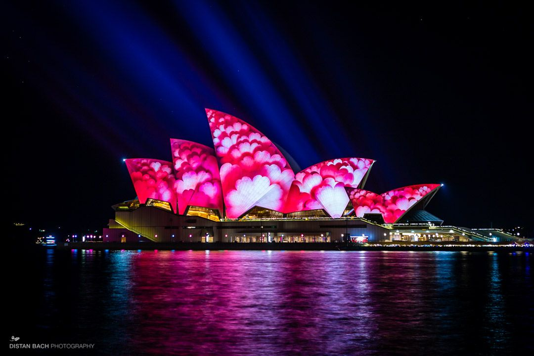 Can anyone help me on my term paper about Sydney Opera House?