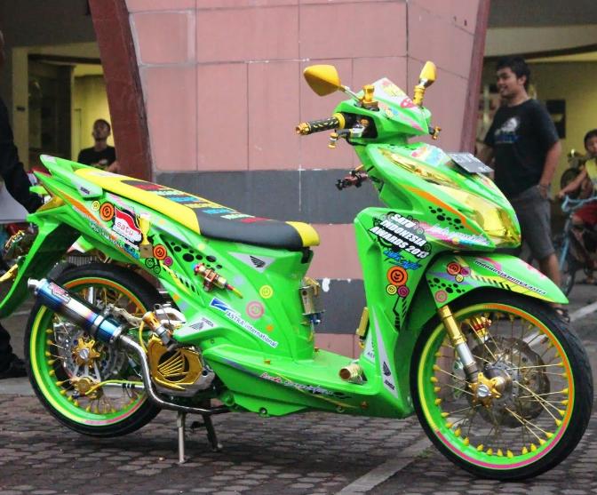 Modifikasi Honda Vario 125 Airbrush Kartun Desain Honda Cars