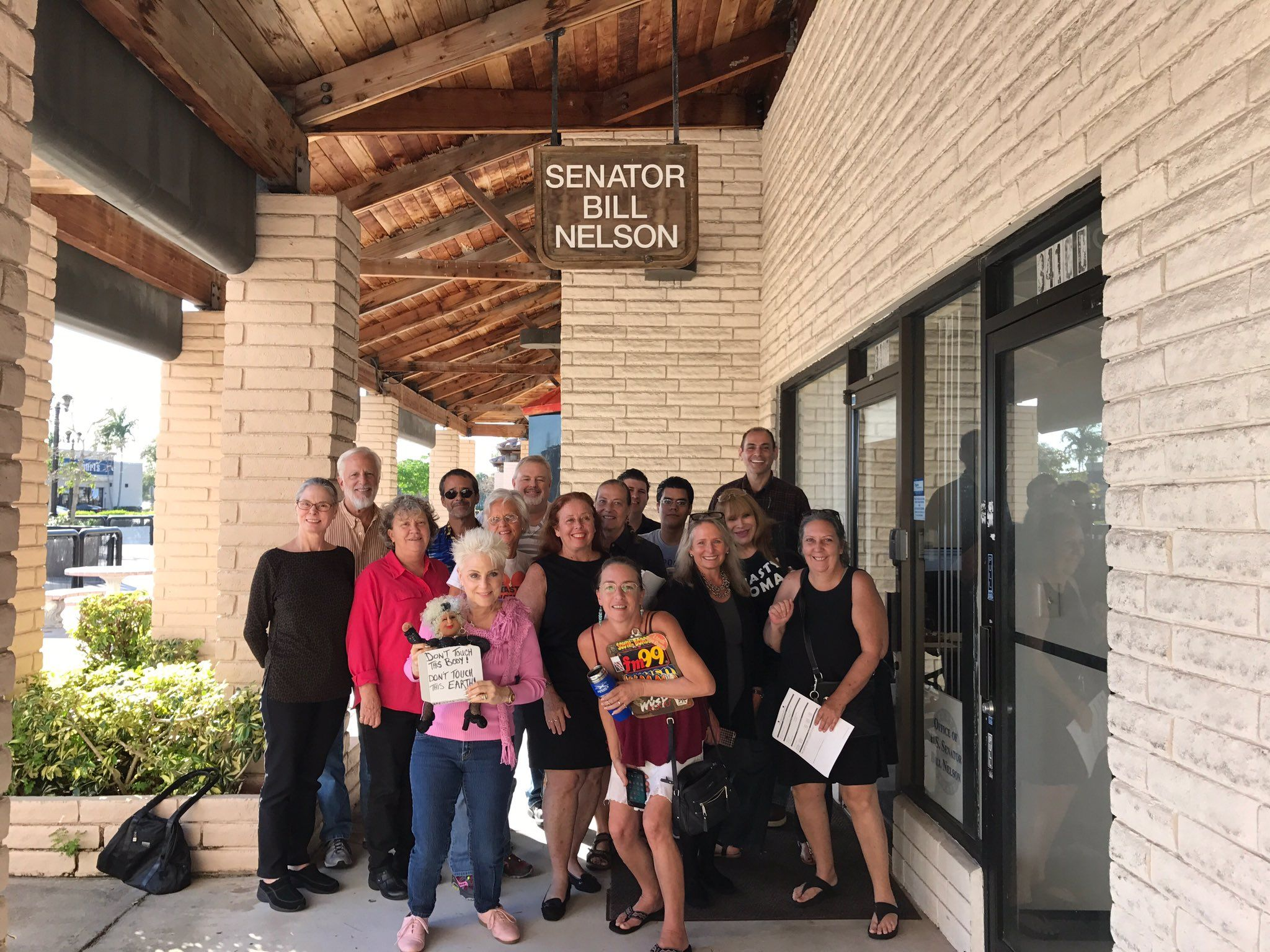 """Indivisible SFla on Twitter: """"@IndivisibleTeam @MoveOn #IndivisibleSFla met with Sen Bill Nelson Regional Director-thank you letter delivered for voting NO on 3 nominees! https://t.co/DGEq1Zpayg"""""""