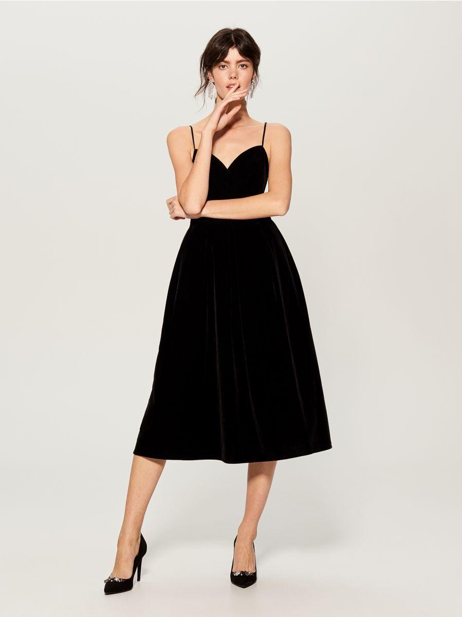 Welwetowa Midi Sukienka Bezowy Ut045 99x Mohito 1 Sparkly Prom Dresses Skirt Fashion Velvet Midi Dress [ 1200 x 899 Pixel ]