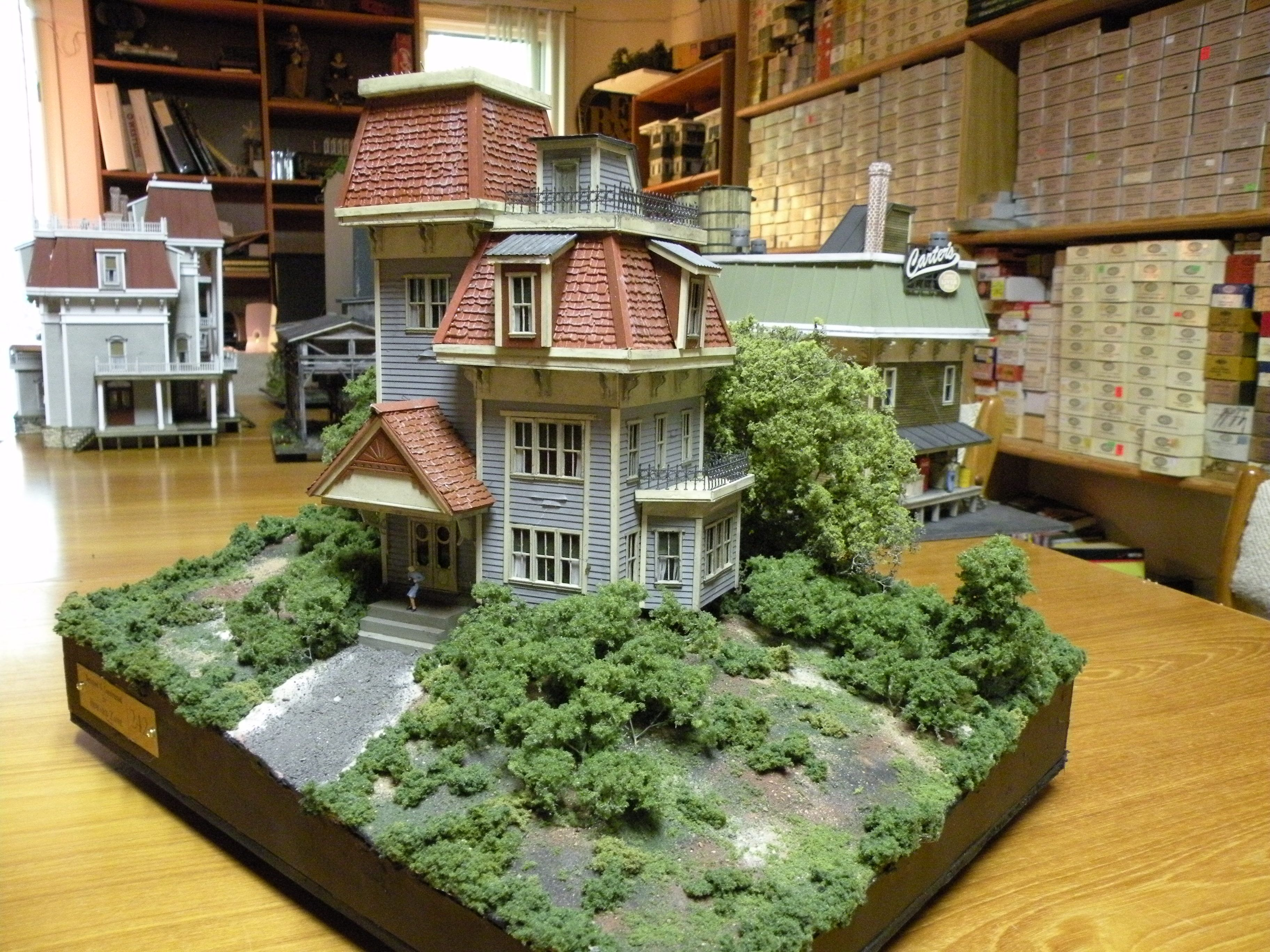 zane structures semi victorian house diorama item 534 1. Black Bedroom Furniture Sets. Home Design Ideas