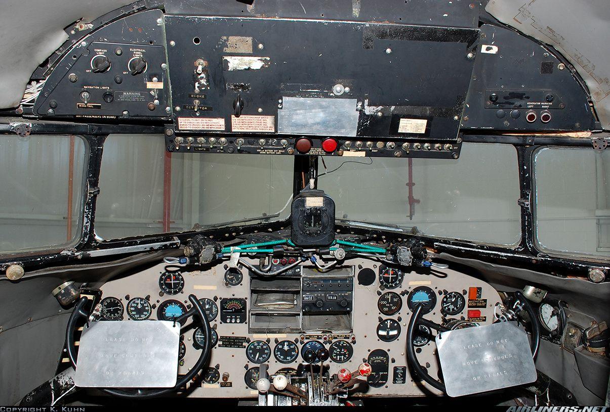 Douglas C47B Skytrain (DC3) aircraft picture Cockpit