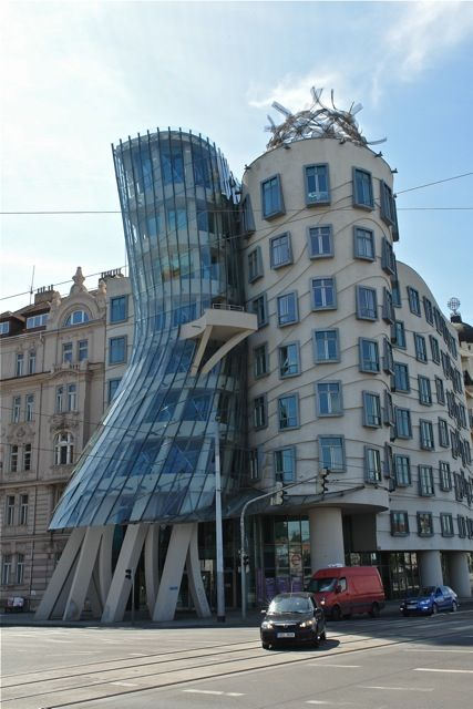 Famous building in prague photo t graffe the city of for Famous modern architecture buildings