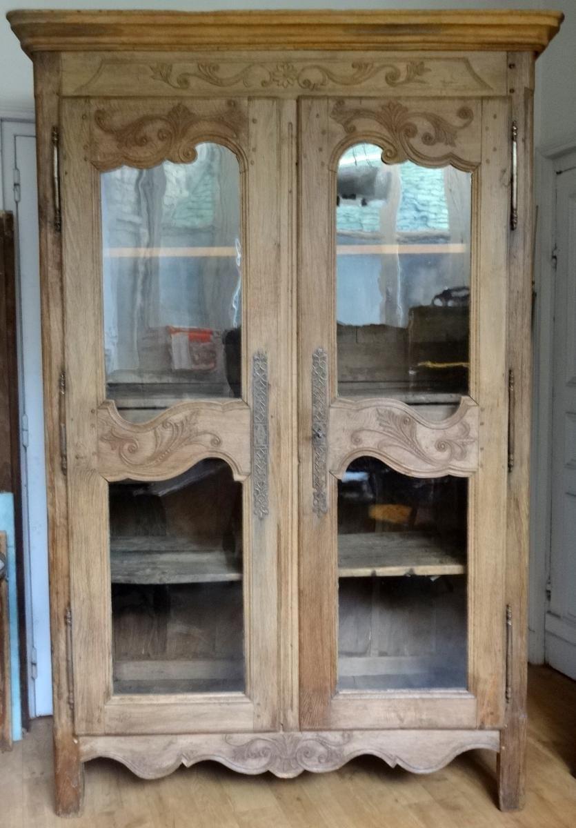 armoire normande vitrée en chêne sculpté, antiquités lombart