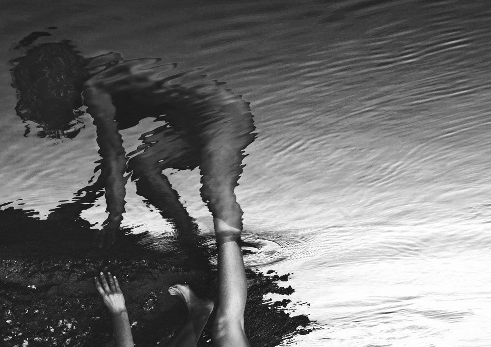 Nude Women Bodies in Water_7 – Fubiz™
