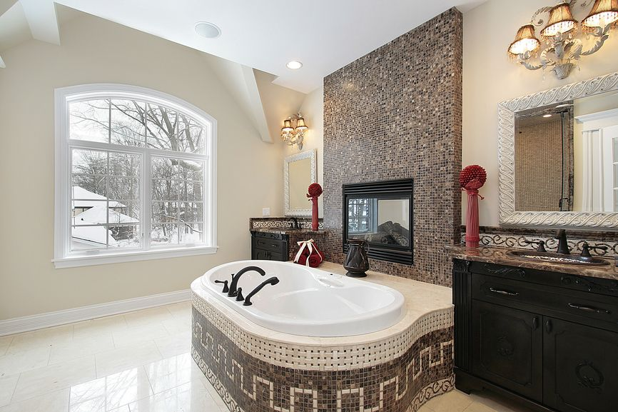 18 Master Bathrooms with Fireplaces (Pictures) | Bathroom stand ...