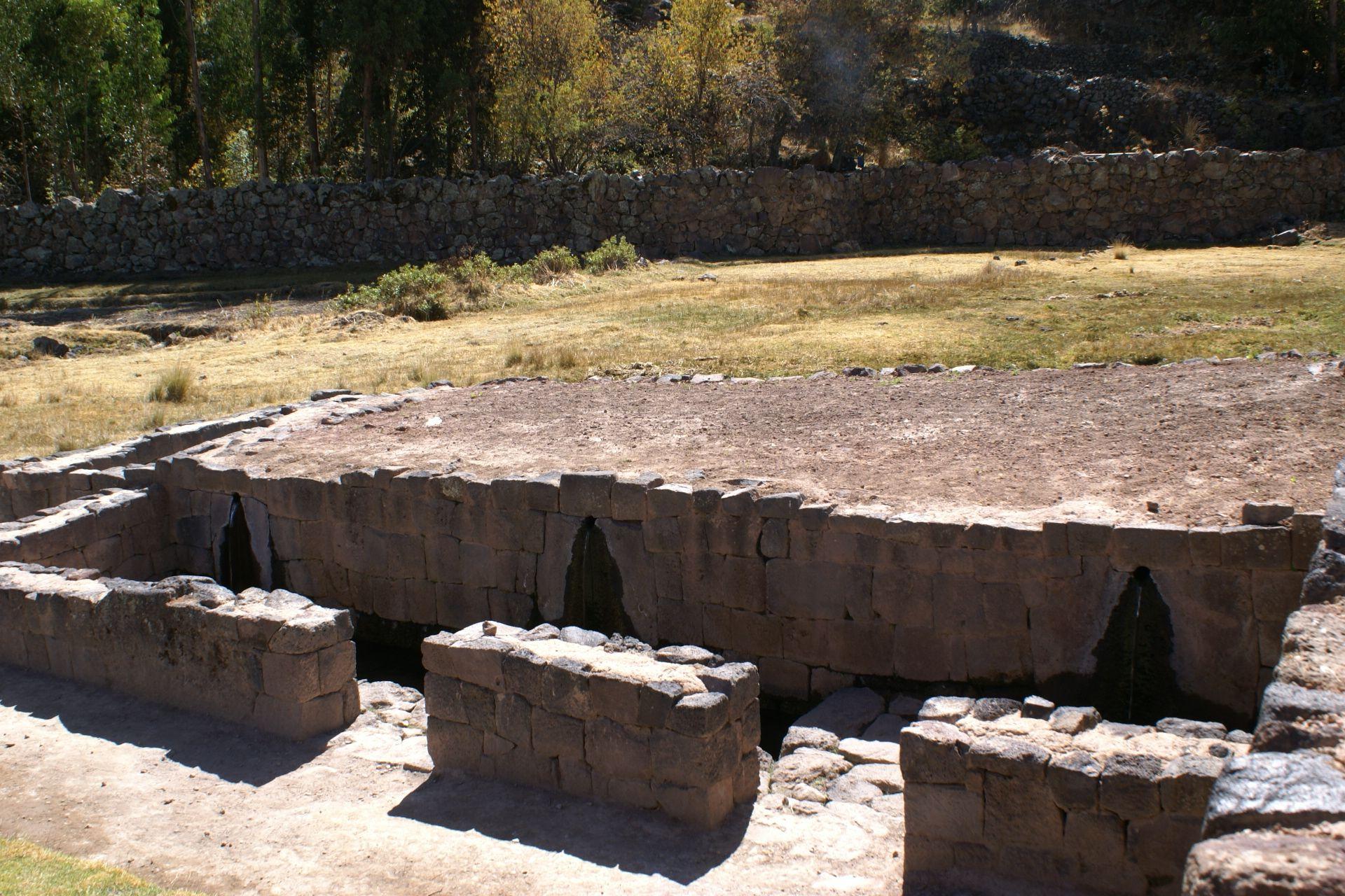 Banos Del.Banos Del Inca Peru Treks Peru Travel Tours