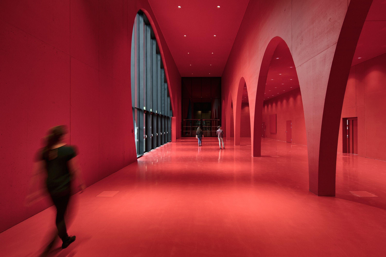 Licht Unterstreicht Expressive Architektur Der Neuen Messe Dornbirn Architektur Architekt Moderne Architektur