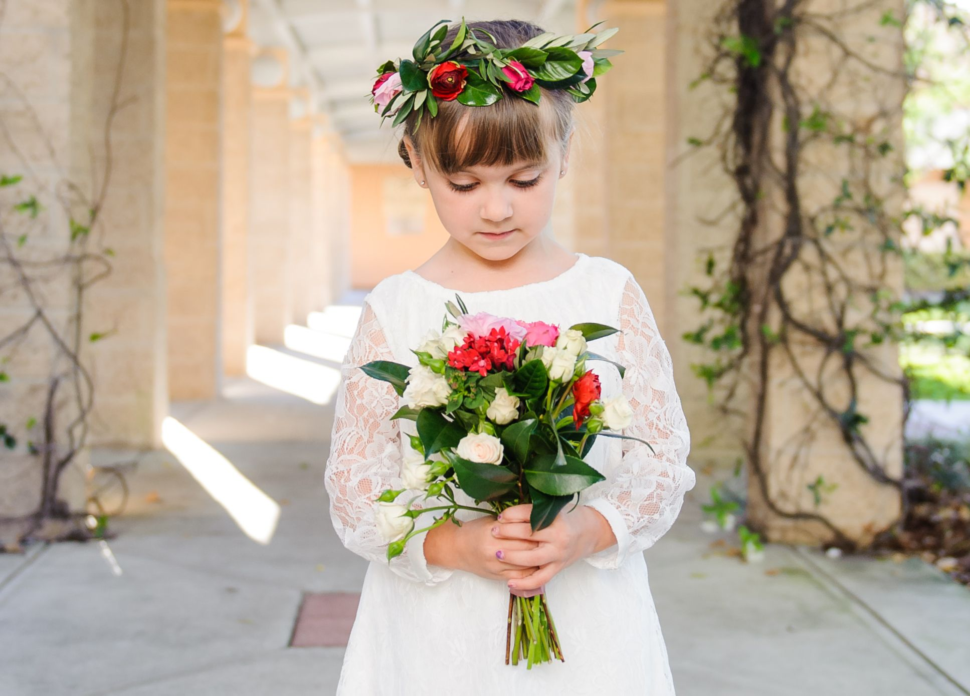 15 stunning flower crowns that top off flower girl style flower red and white flower crown flower girl style 15 flower crowns to complete her izmirmasajfo