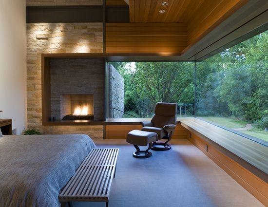 picture window Chimenea y ventanas al bosque Home Sweet Home