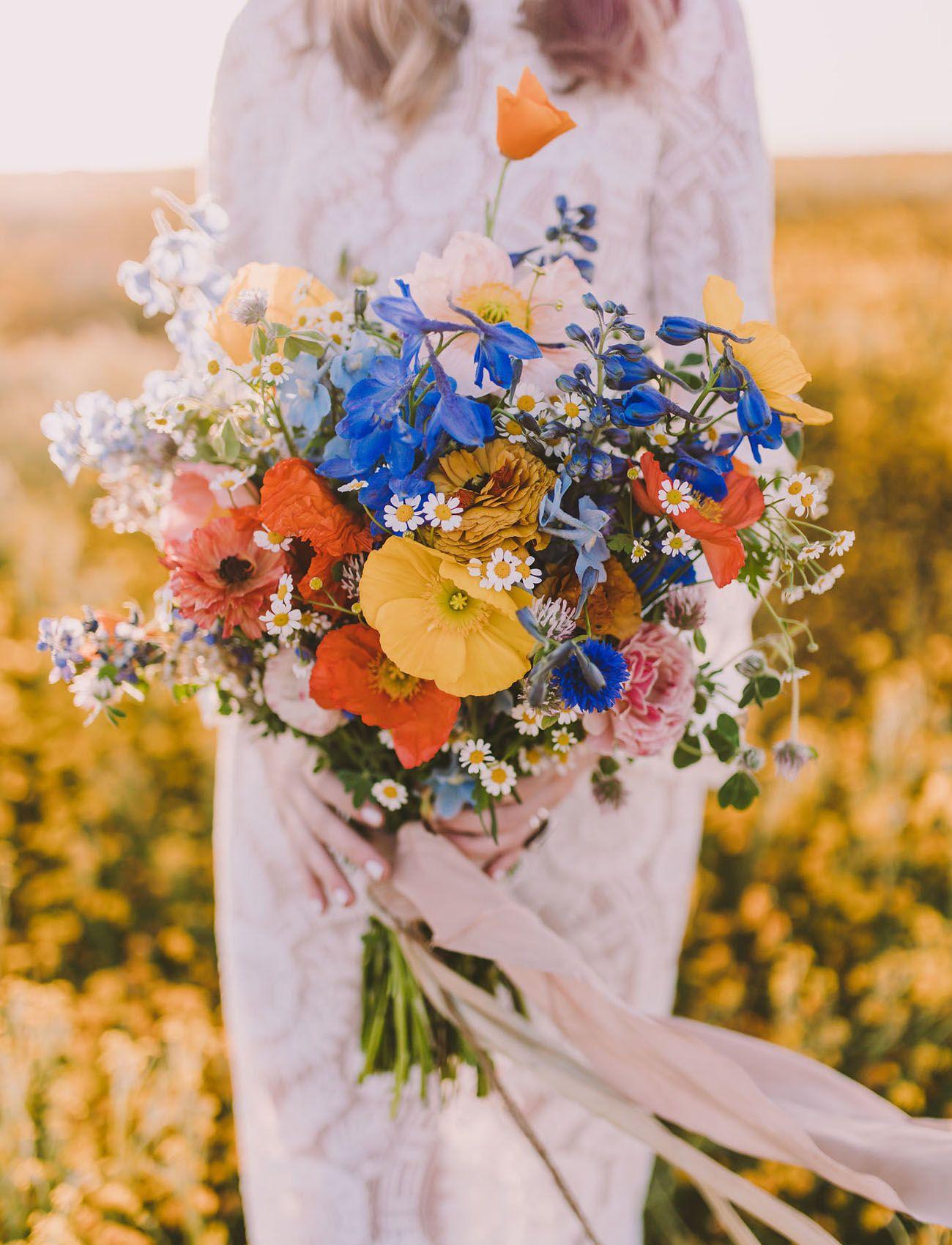 Sweet 70s Wildflower Bridal Inspiration Poppy wedding