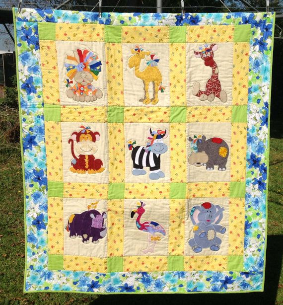 Jungle Animal Baby Quilt, SweetJelliesQuilts on etsy.