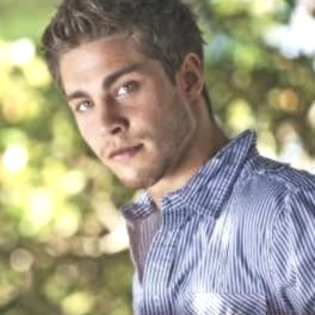 Dean Geyer for finnick odair in catching fire!!!! Perfect match!!!! Repin if you agree!!!!