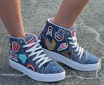 innovative design 2d1d7 a2276 Tênis Tumblr Feminino ♥♥ Zapatos Bonitos, Zapatos De Colores, Zapatillas  Nike, Zapatillas