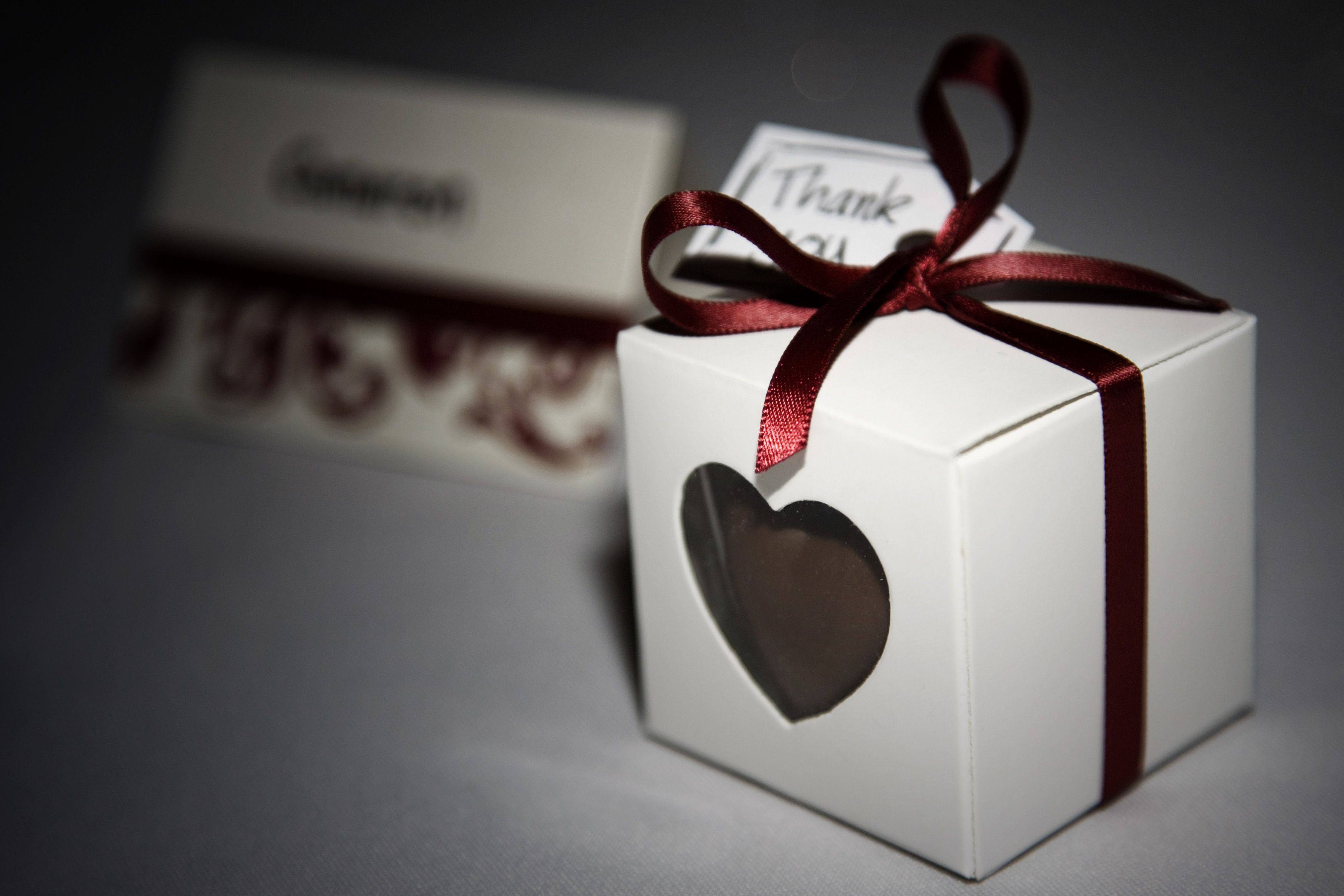 Diy wedding favours cheap white boxes from ebay fill with any wedding stuff diy wedding favours cheap white boxes from ebay fill with any chocolatetreat ribbon from junglespirit Choice Image