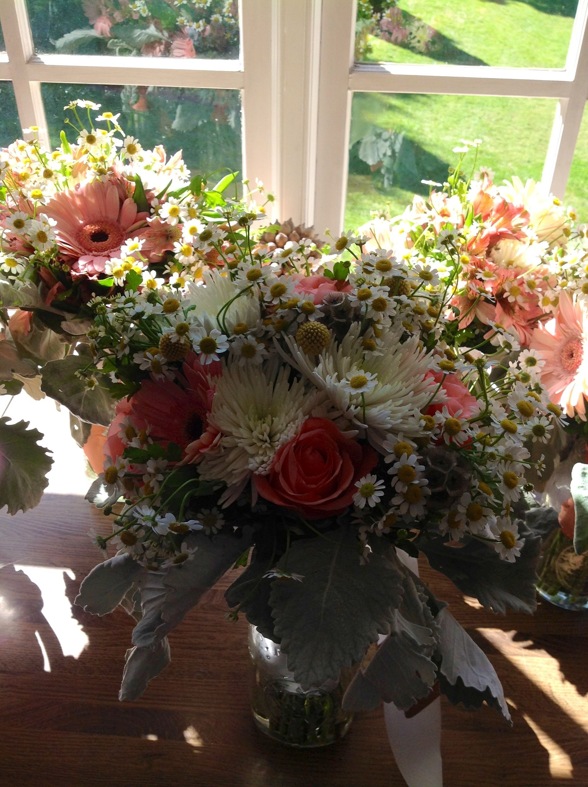 Coral and chamomile bouquets shellyus floral dreams pinterest