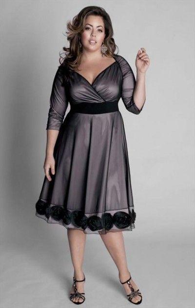 Dresses for Full Figured Women | Evening black dress for a full figure