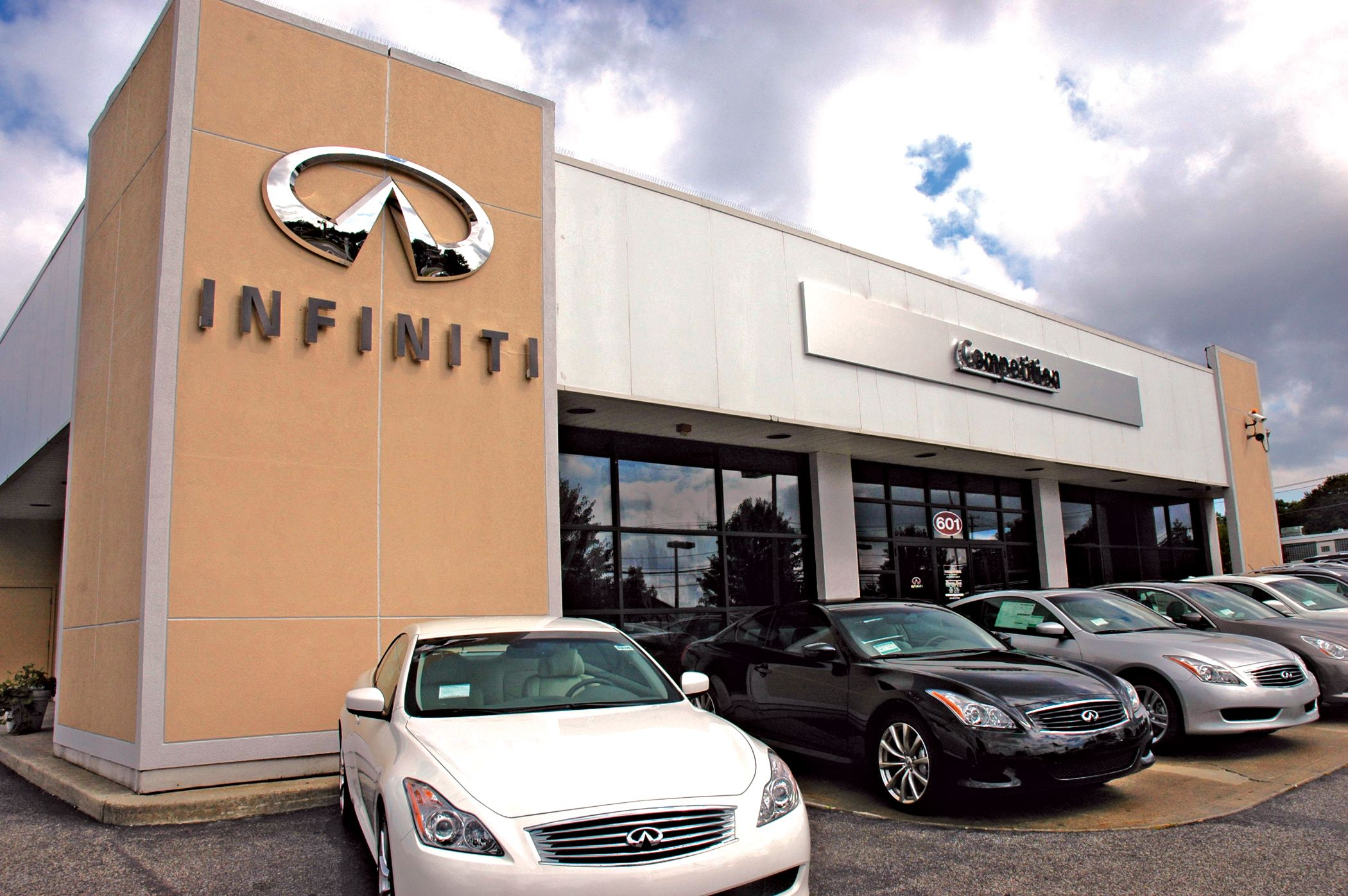 newcastle locator centre infiniti car dealership infinity