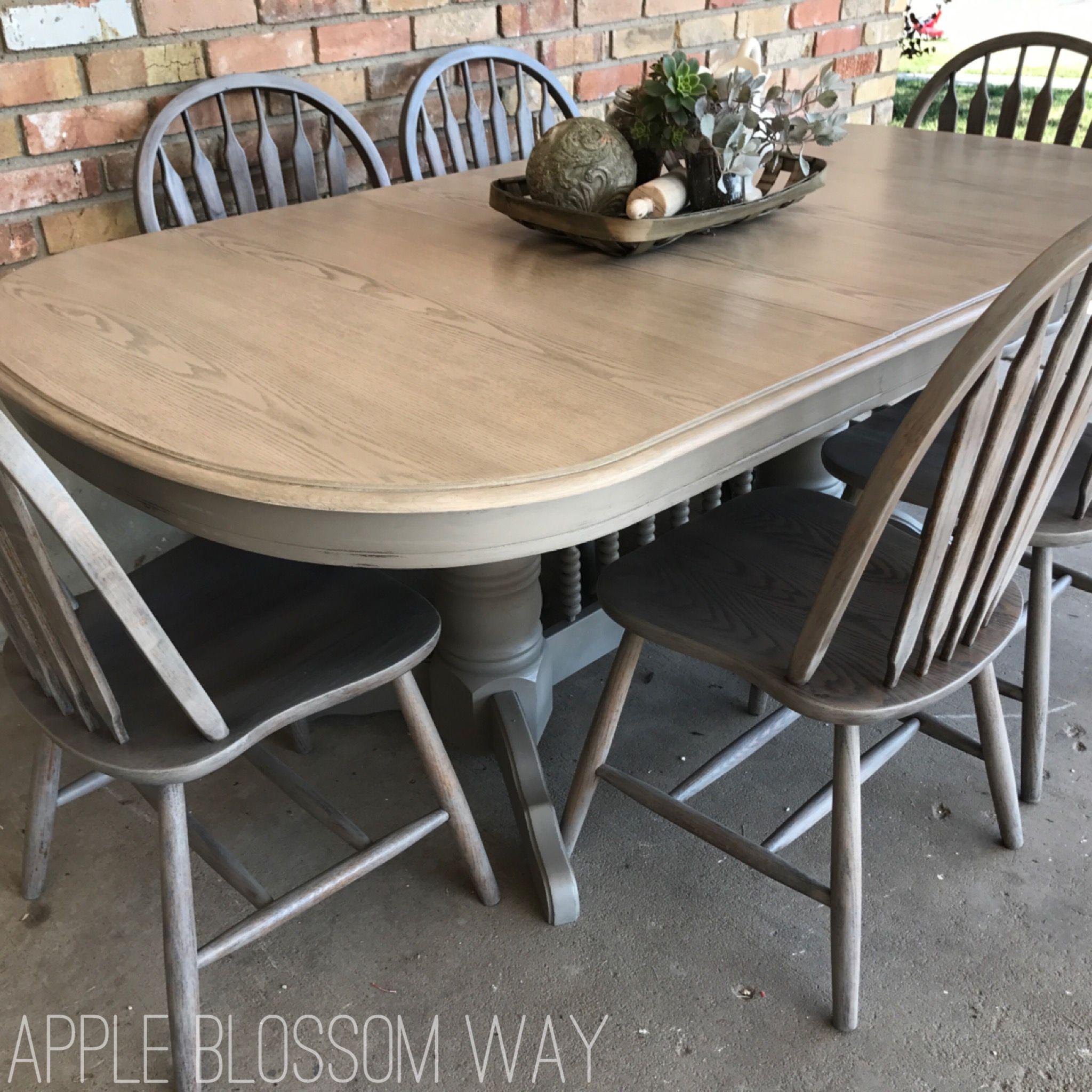 Rustic Grey Washed Oak Table Set Includes 2 Leaves And 6 Chairs Table Base Is Finished In A Lig Oak Dining Furniture White Wash Wood Floors Solid Wood Chairs