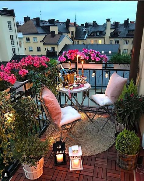 Come abbellire il balcone: 20 idee da Instagram - VanityFair.it