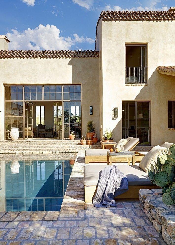 Eclectic Farmhouse by David Michael Miller Associates / Sonoran Desert, Arizona, USA