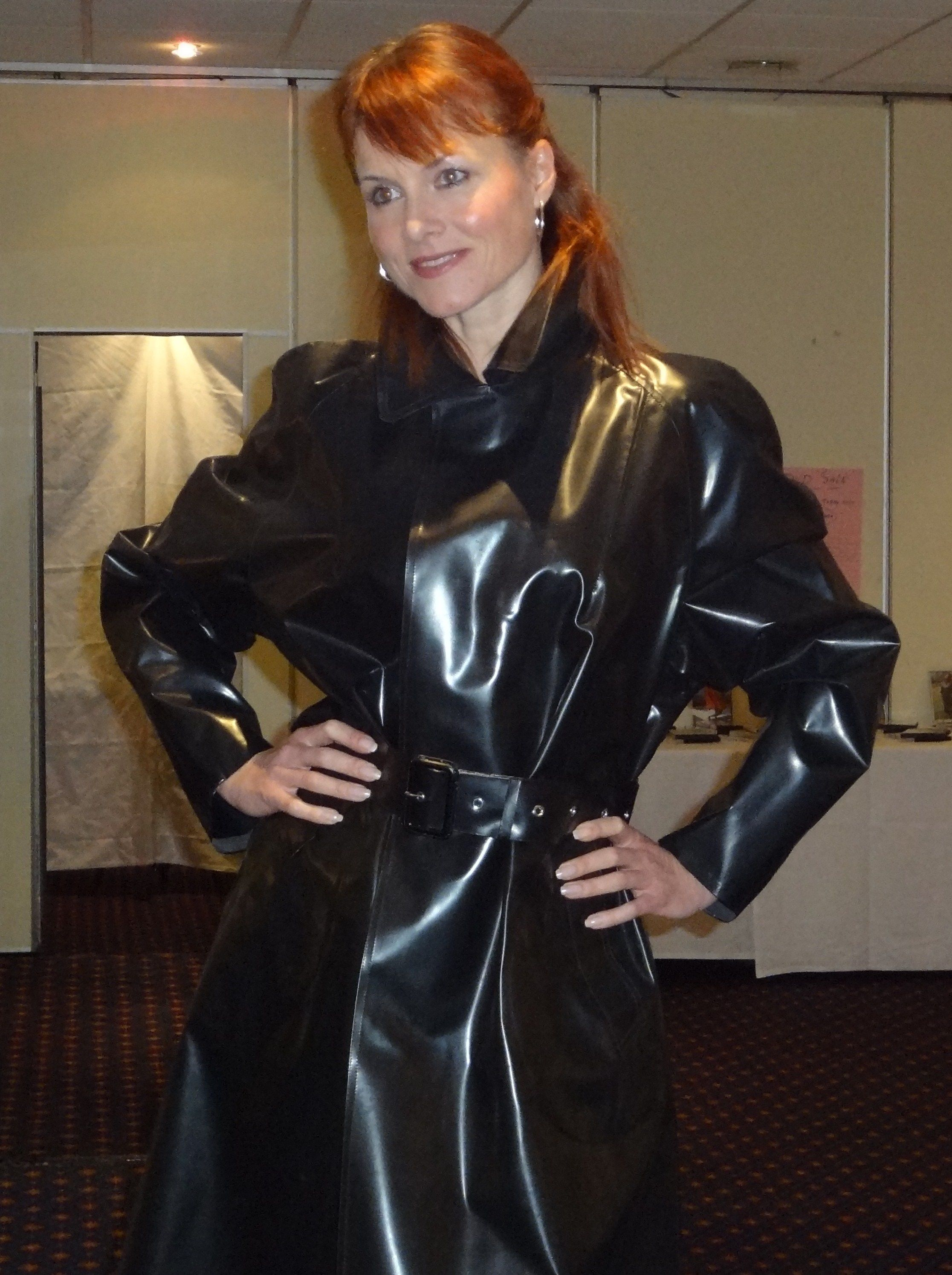 Debbie In Ssbr From Hamilton Classics  Plastic Perfectly Beautiful Fashion  Rubber Raincoats -9740