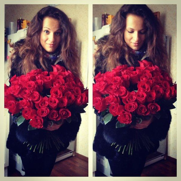 Fete vesele cu flori frumoase !!!