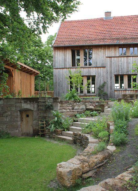 Aussenansicht Fachwerkhaus mit Aussendämmung und Holzverkleidung