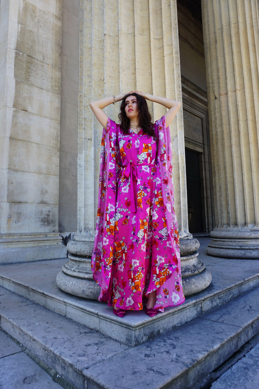 Pink Floral Print Summer Silk Kaftan Dress Unique Fashion Outfits Silk Kaftan Dress Kaftan Dress Modern [ 6000 x 4000 Pixel ]