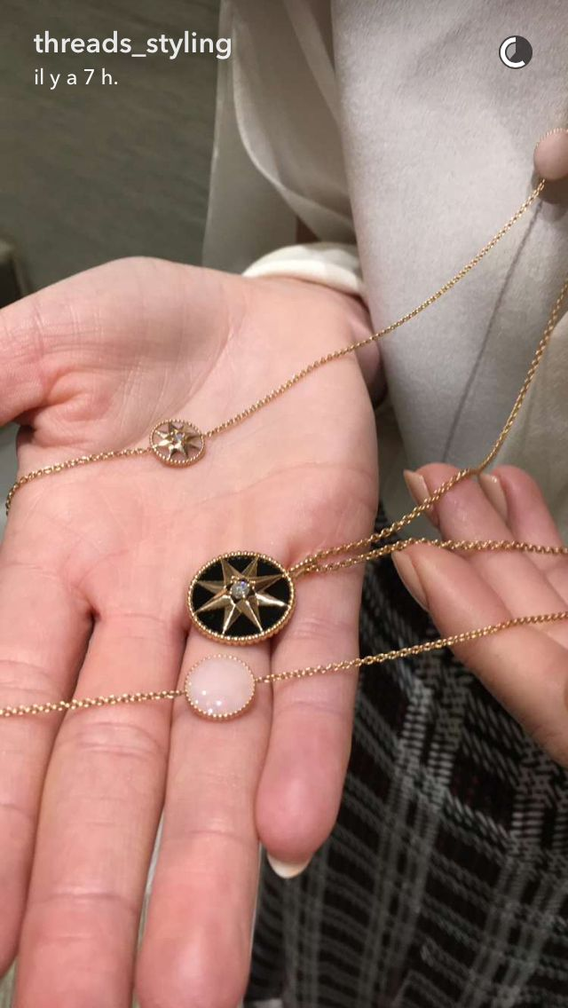 Dior Necklace Rose Des Vents Wind Rose In 2019 Jewelry Dior
