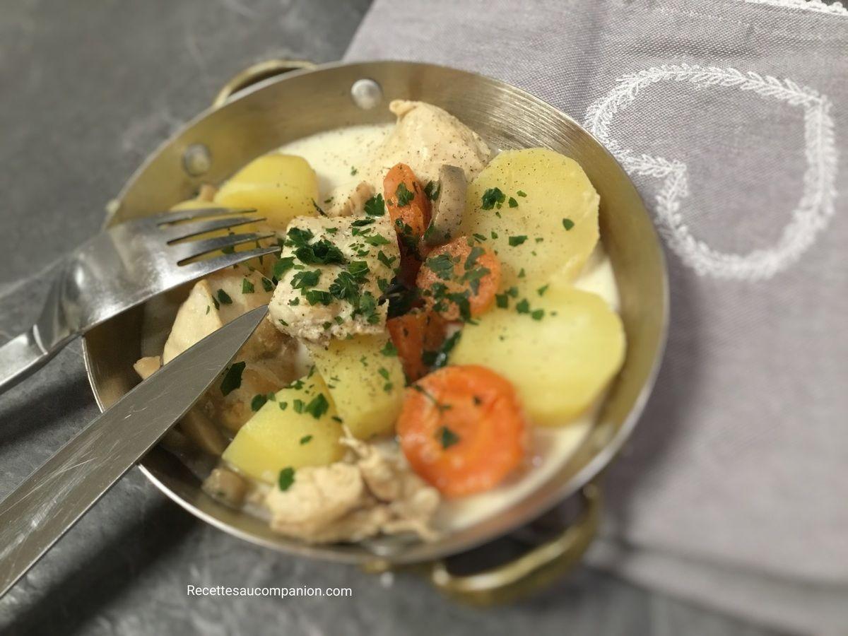 Blanquette de poulet pommes de terre carottes champignons ...