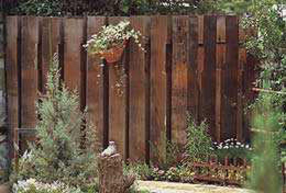 Horizontal Fence Front Yard