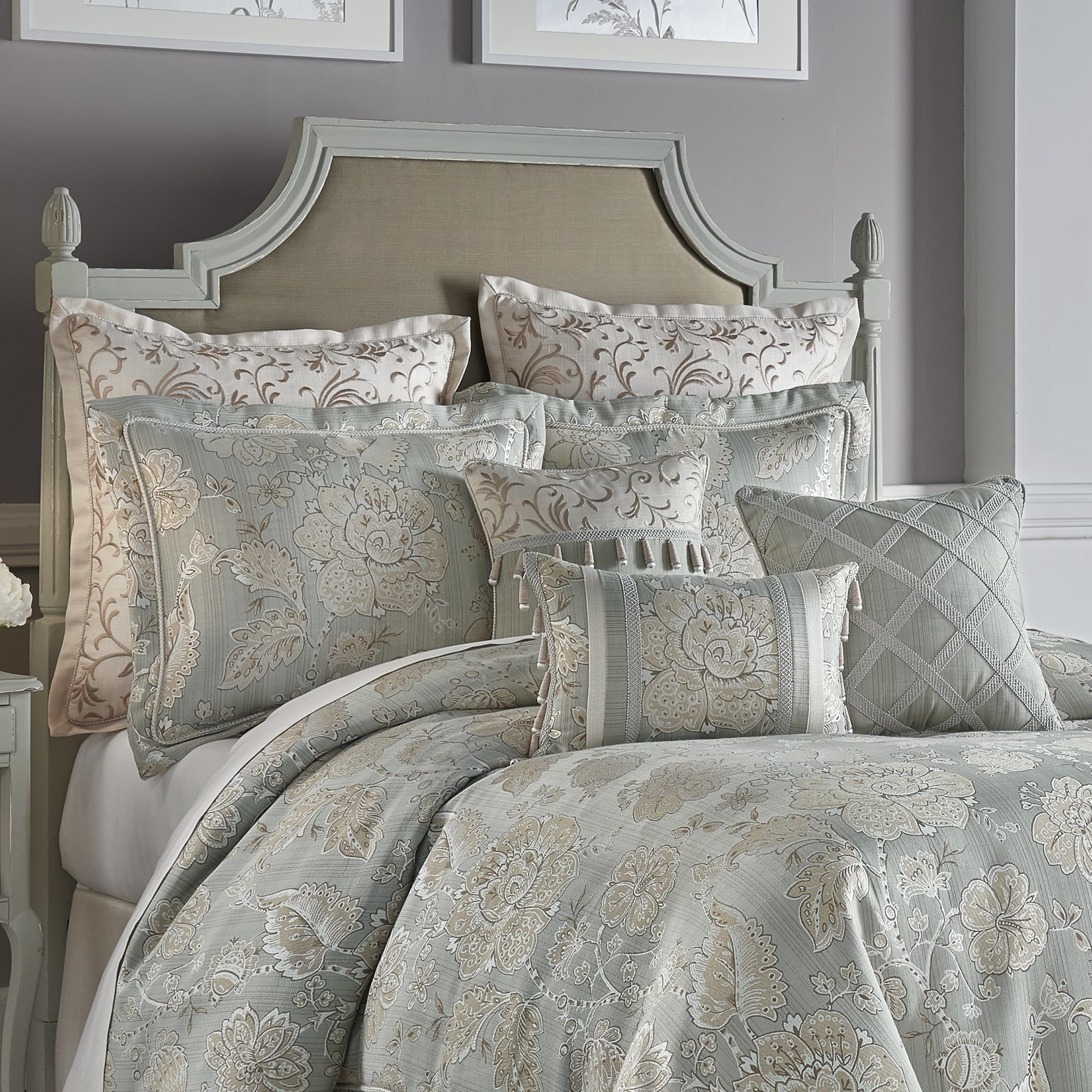 Croscill Caterina Comforter Set King 110 X 96