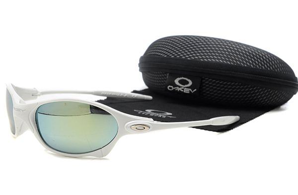 bc0010432 Got these bad boys on the way for a 50% discount through Oakley #Oakley # sunglasses #fashion