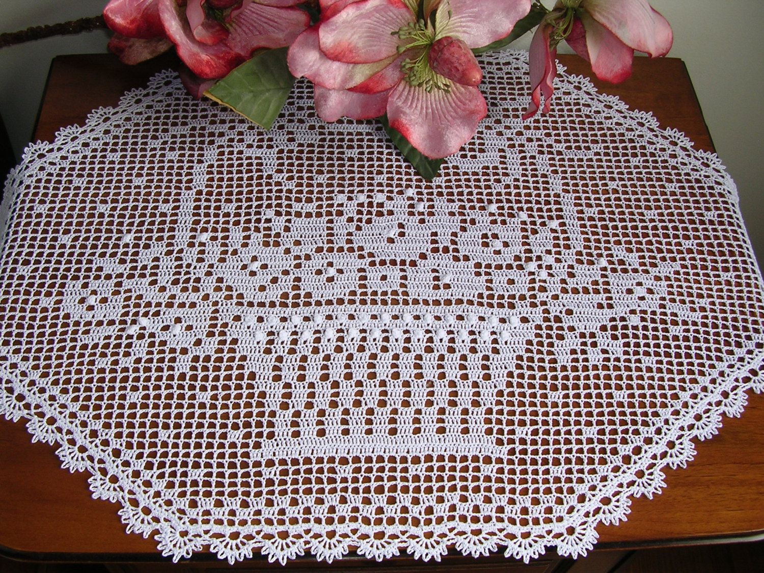 Centro pizzo ad uncinetto a filet tovaglietta con fiori cottone crochet lace large doily easter runner filet rectangular white cotton placemat centerpiece handmade home decor wedding birthday easter gift negle Choice Image