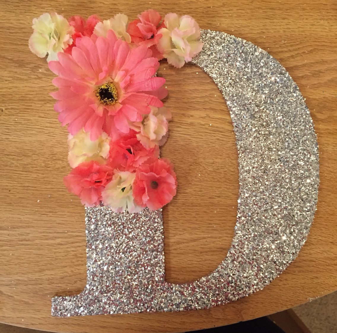 Decorated wooden letter with flowers crafts diy for Decorative flowers for crafts