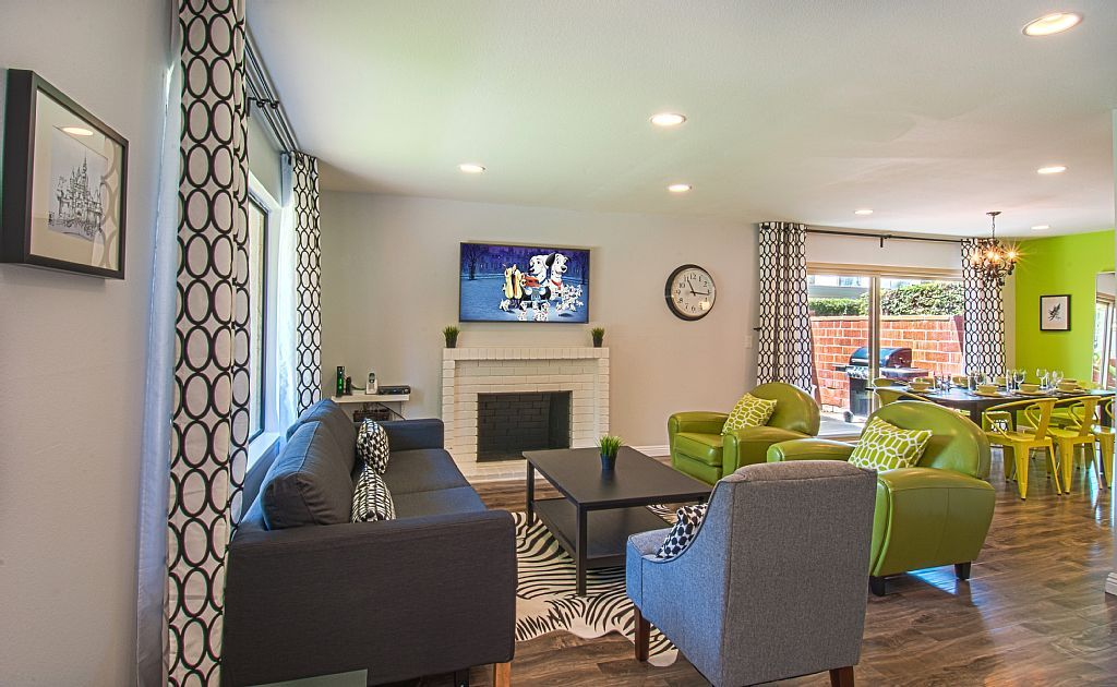 Best Lime Green And Black Living Room And Dining Room Open 400 x 300