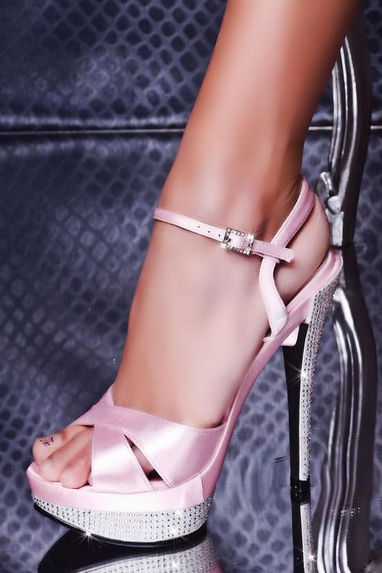 b29ce1d3e0e9 Soft Pink with Bling heel