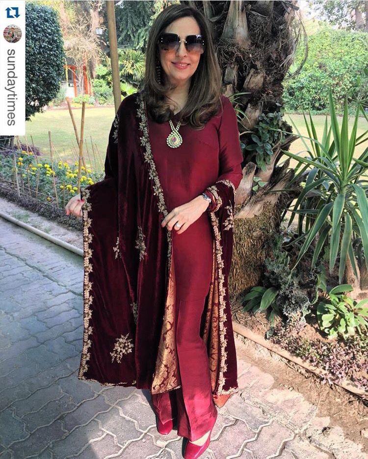 Pakistani Designer Velvet Shawl