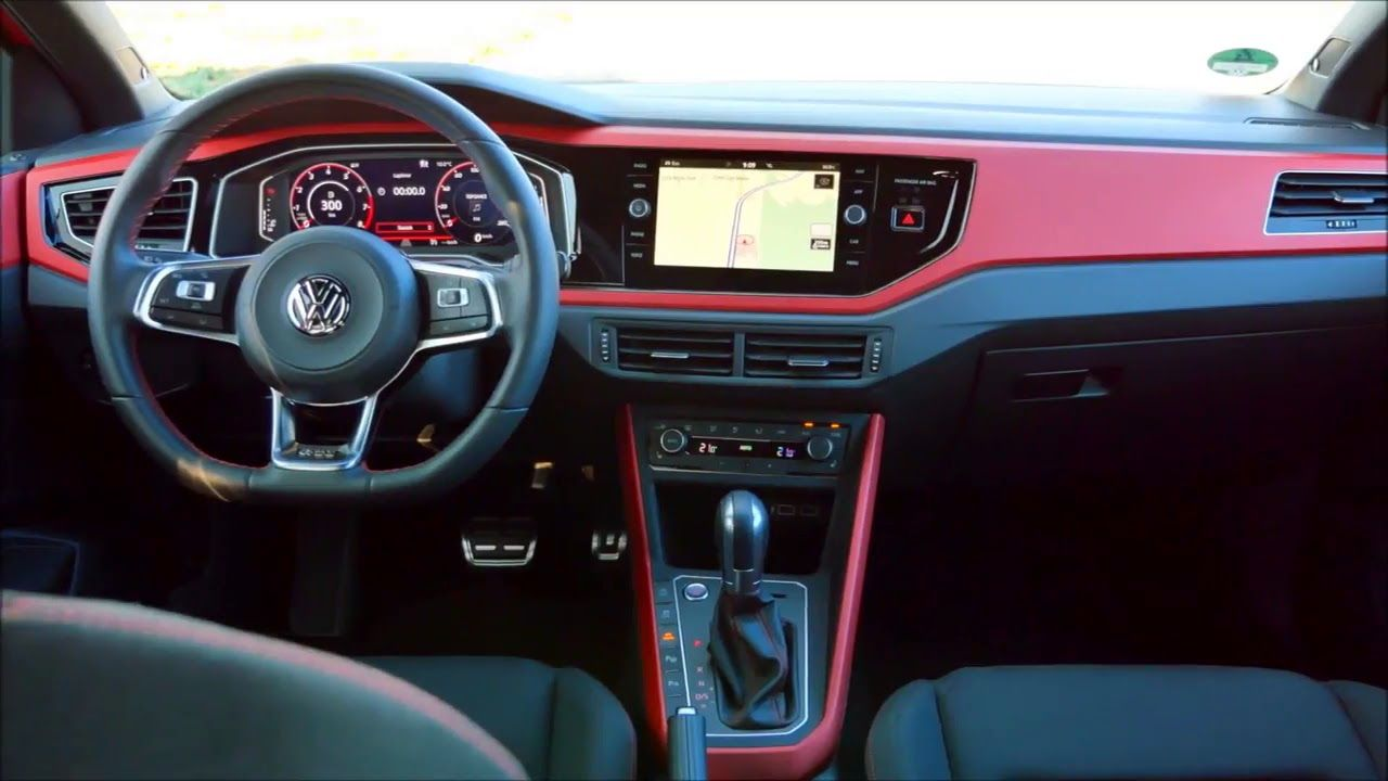 NEW 2018 VOLKSWAGEN POLO GTI L INTERIOR CLIP SHOTS