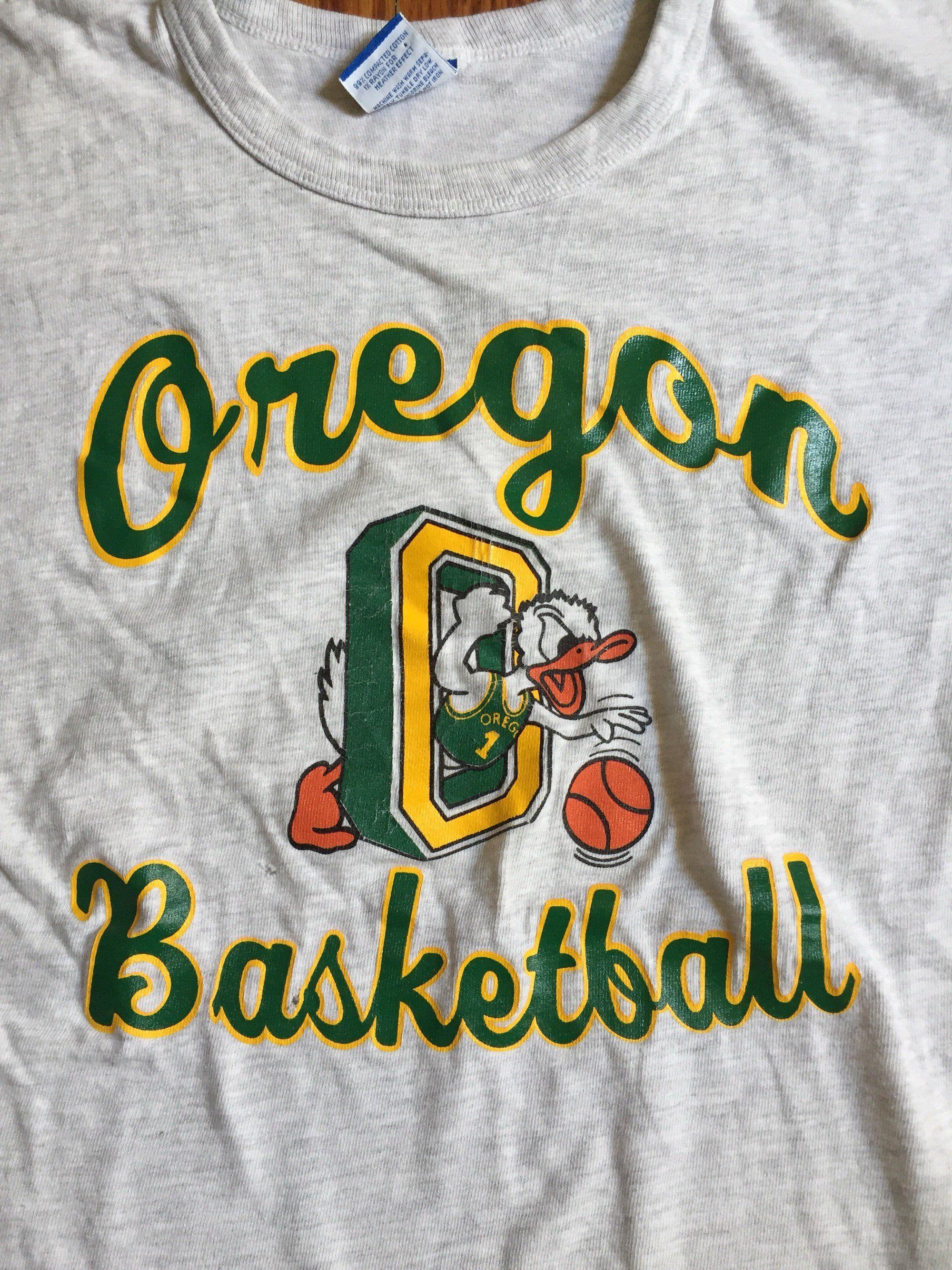 University Of Vermont Catamounts Mens T-Shirt Sz Large New