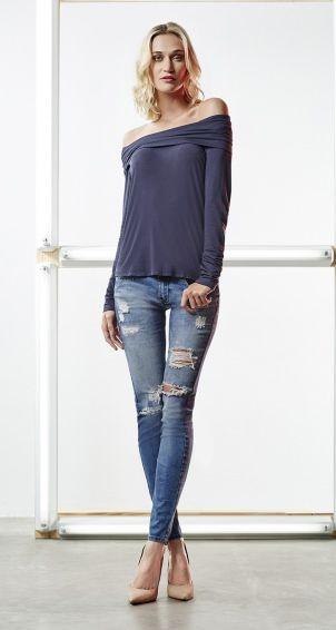 Blusa Ombro A Ombro Manga Comprida E Calca Jeans Skinny Rasgada