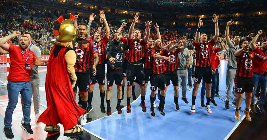 Handball Cl Vardar Skopje Gegen Pick Szeged Im Achtelfinale In 2020 Champions League Deutsche Nationalspieler Handball