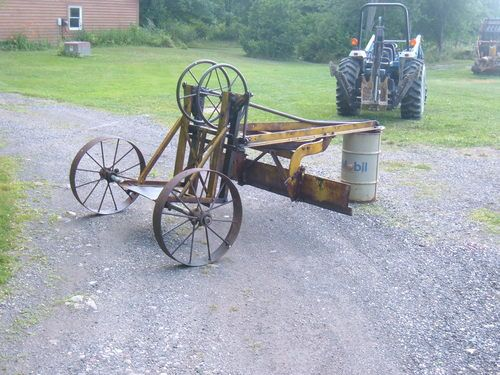 Antique Road Grader | Tractors | Heavy equipment, Tractors
