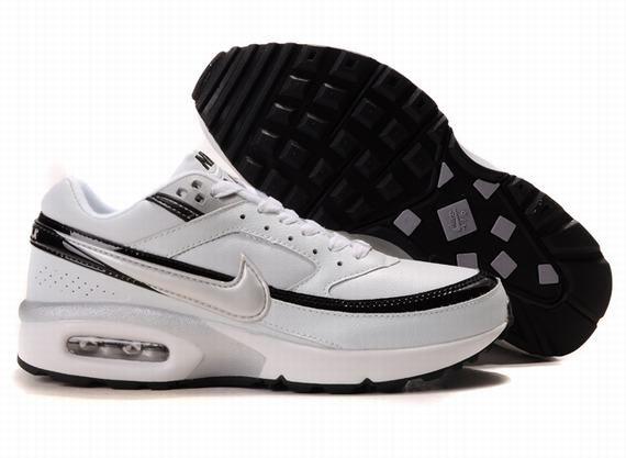 Couleurs variées 6a6bb e2adb Nike Air Classic BW Homme,nike air huarache blanche,nike air ...