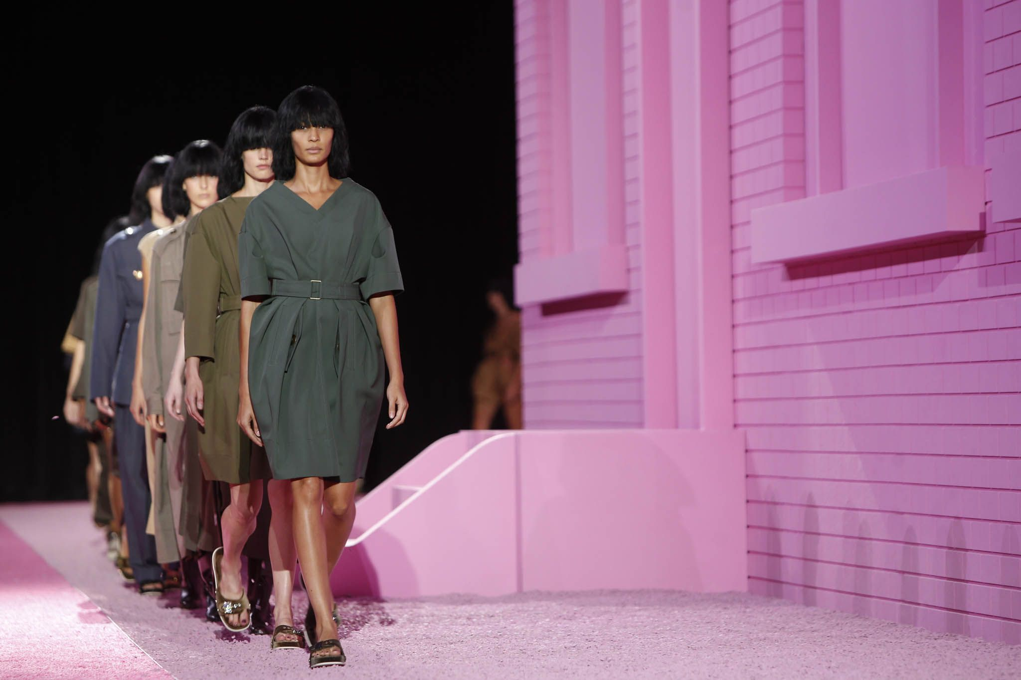 The Atmosphere at <b>Marc Jacobs Spring 2015</b>