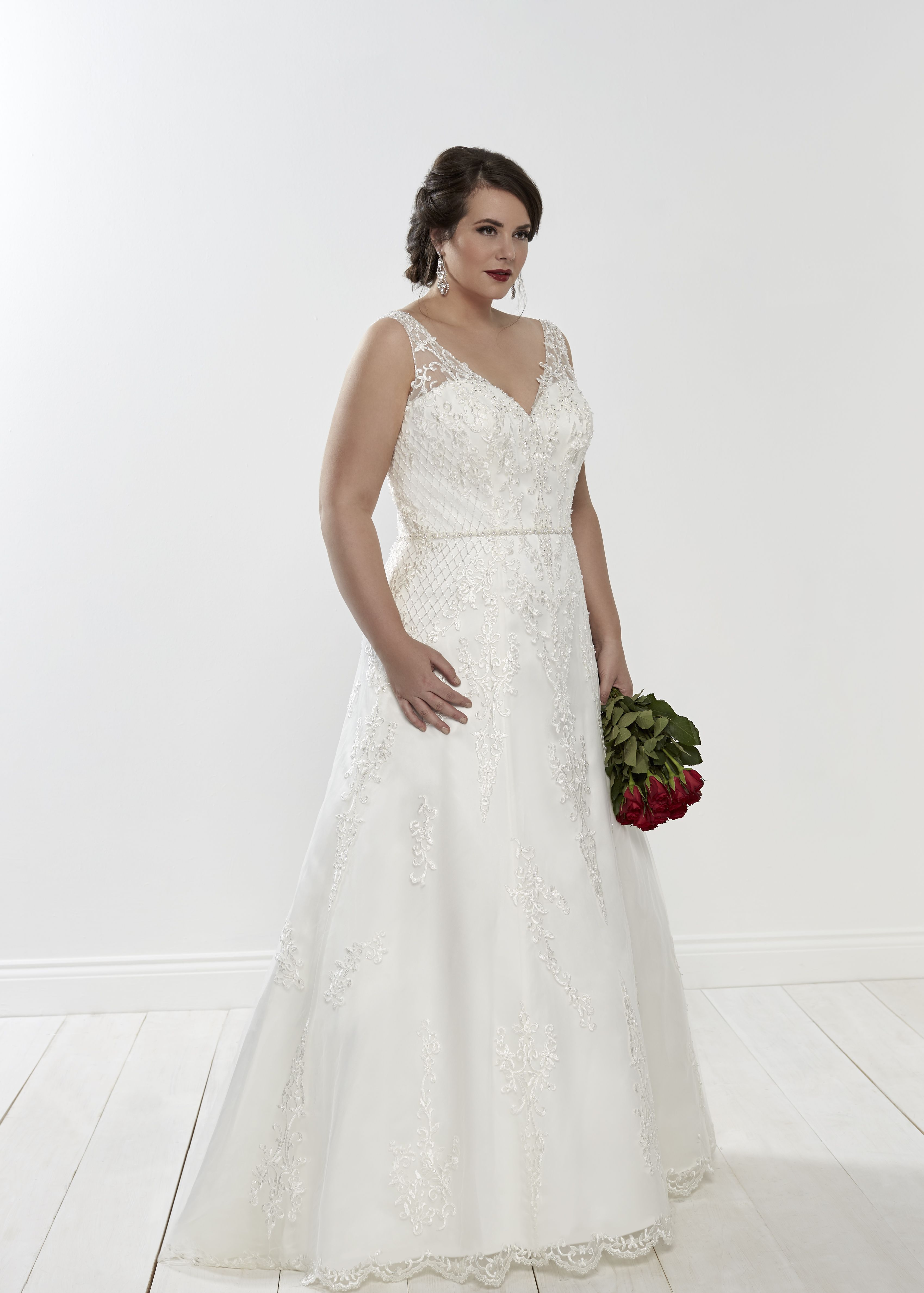 Topaz  romanticacollections  silhouette  silhouettebridal  bridal  bride   bridestyle  curvybride  plussize  wedding  weddingdress  illusion  ontrend  ... 30704200d6
