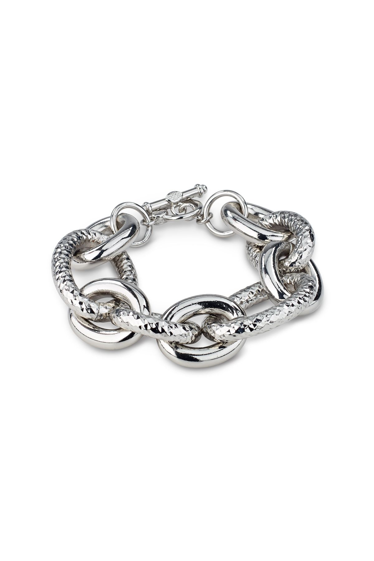 A toggle bracelet with a combination of large and medium