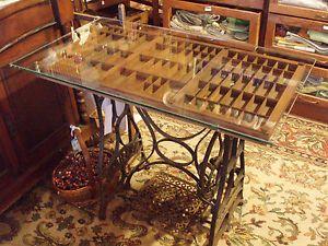 Astonishing Genius Display Table Made From Vintage Parts Home Interior Design Ideas Oteneahmetsinanyavuzinfo